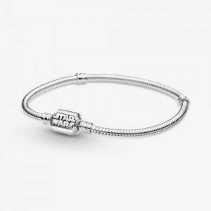Pandora Pandora Moments Star Wars Snake Chain Clasp Bracelet