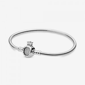 Pandora Pandora Moments Crown O Clasp Snake Chain Bracelet